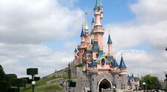 Airport transfer to paris disneyland
